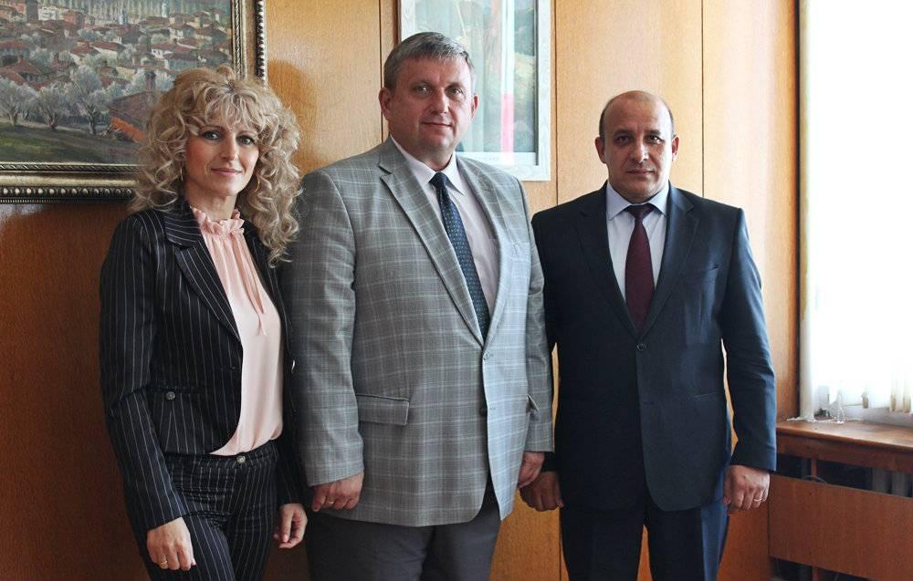 Търговският представител на Руската федерация в България на посещение в Панагюрище