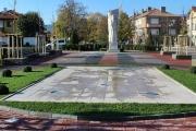 """Площад """"Райна Княгиня"""" посреща жителите и гостите на Панагюрище с нов облик"""