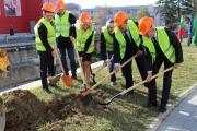 Стартираха строително-монтажните дейности по проекта за благоустрояване  на 12 улици в Панагюрище