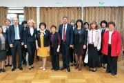 Министър, заместник-министри и социални партньори на Кръгла маса в Панагюрище за подкрепата за учителите