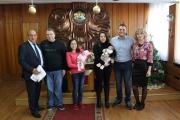Кметът Никола Белишки и заместник-кметът Галина Матанова орисаха първото бебе за 2019 година
