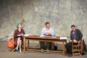 Спектакълът Вик за любов бе поставен тази вечер  на панагюрска сцена
